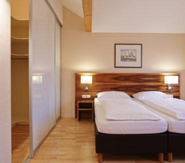 411-schlafzimmer2